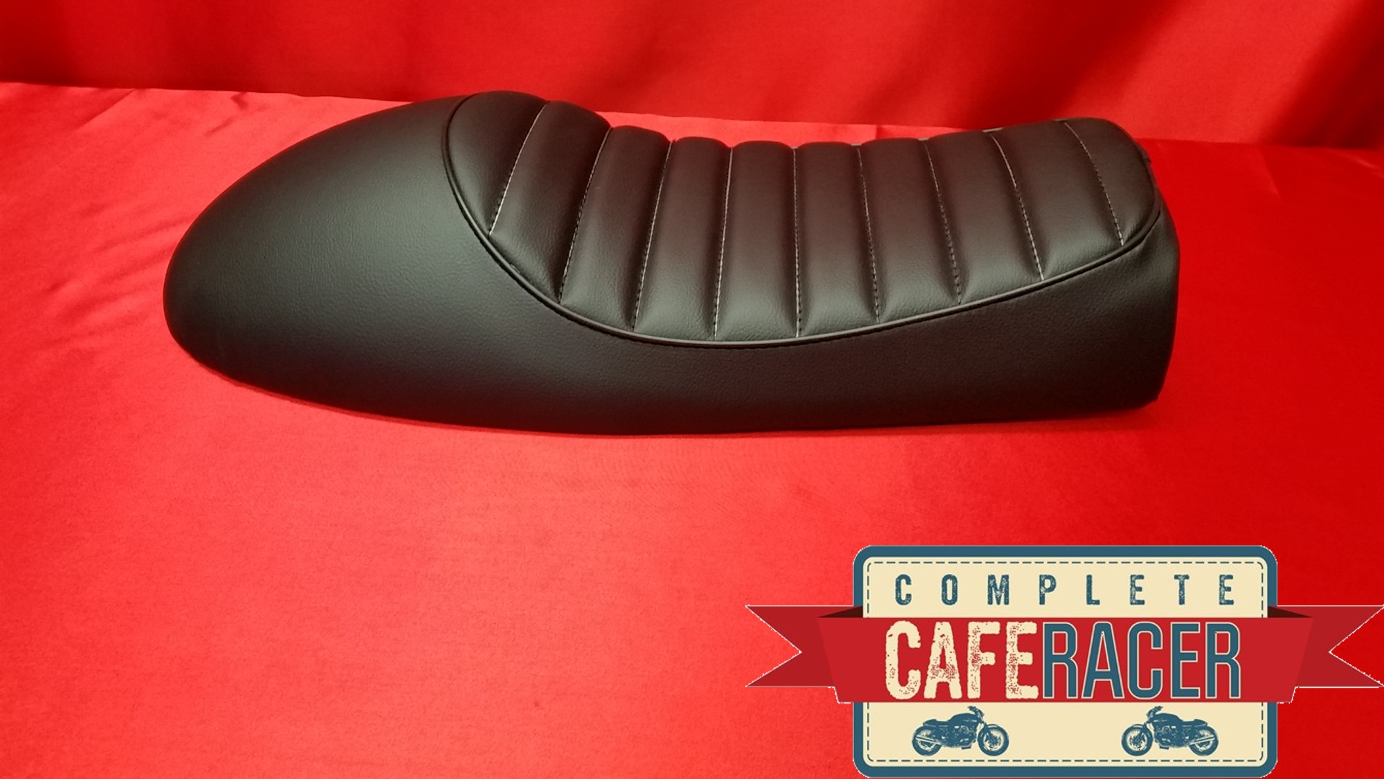 (LS10) CAFE RACER BLACK LEATHERETTE SEAT WITH BLACK PIPING