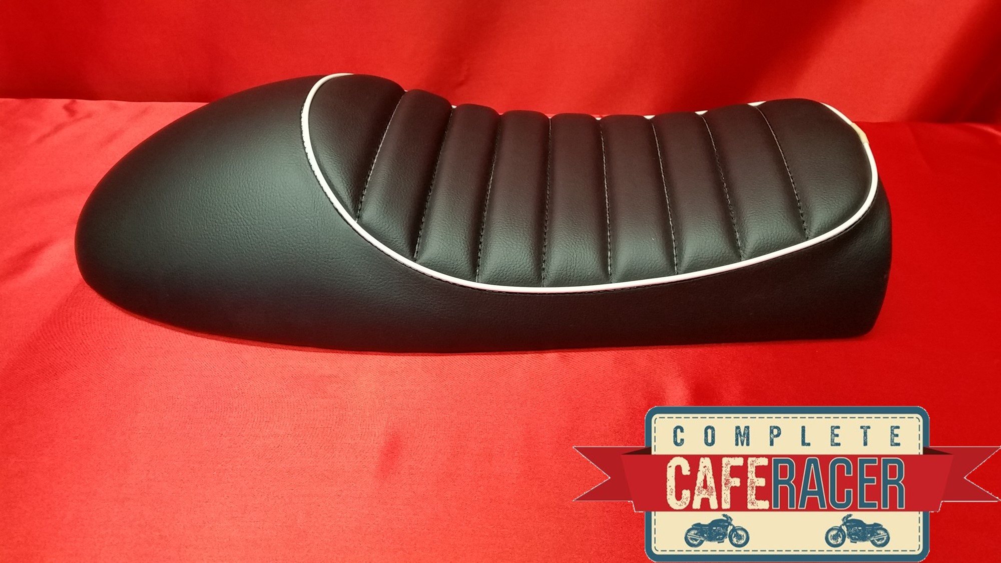 (LS11) CAFE RACER BLACK LEATHERETTE SEAT WITH WHITE PIPING