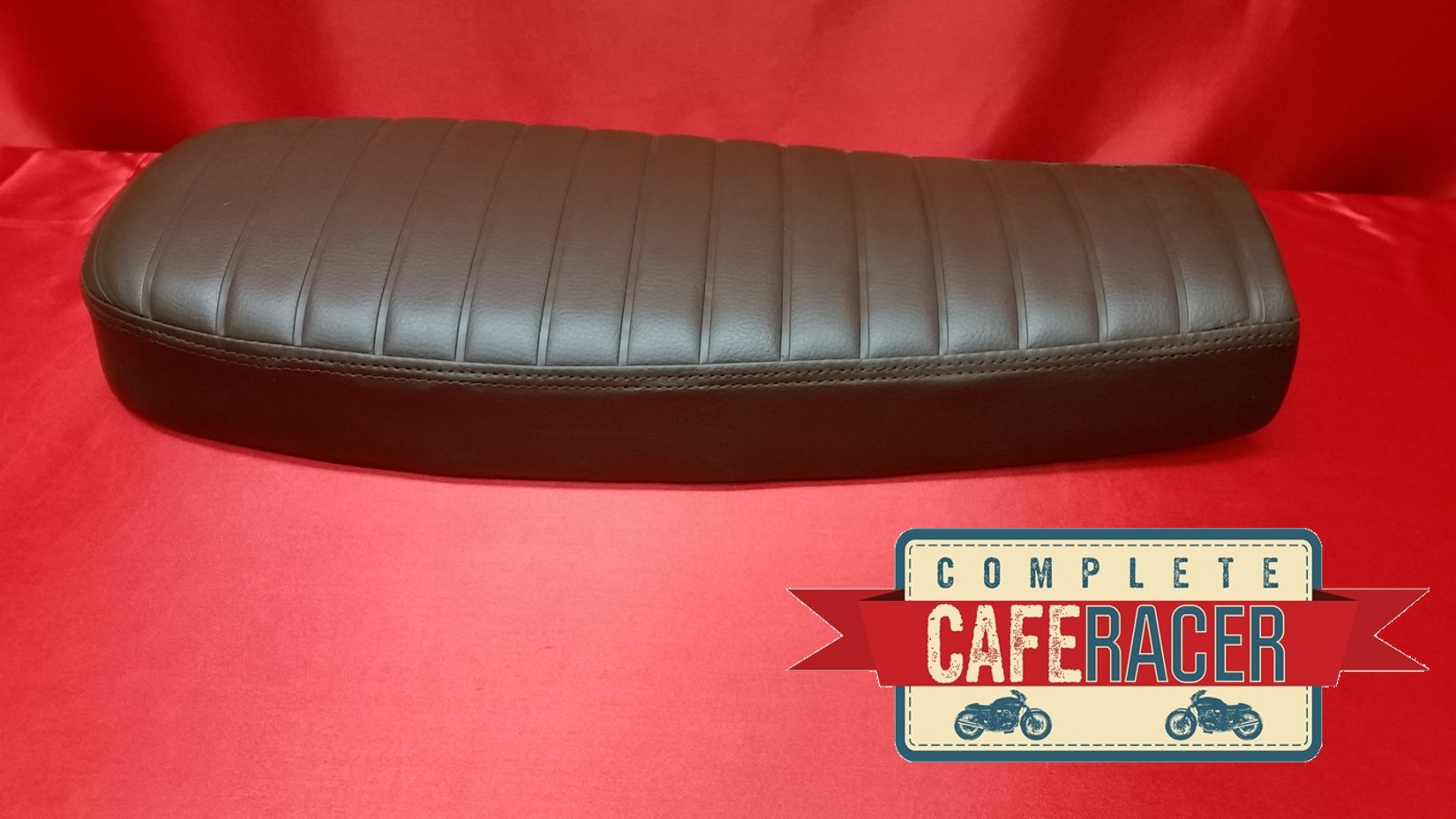 (BS11) BRAT / SCRAMBLER STYLE CAFE RACER LONGER SEAT FINISHED IN BROWN LEATHERETTE
