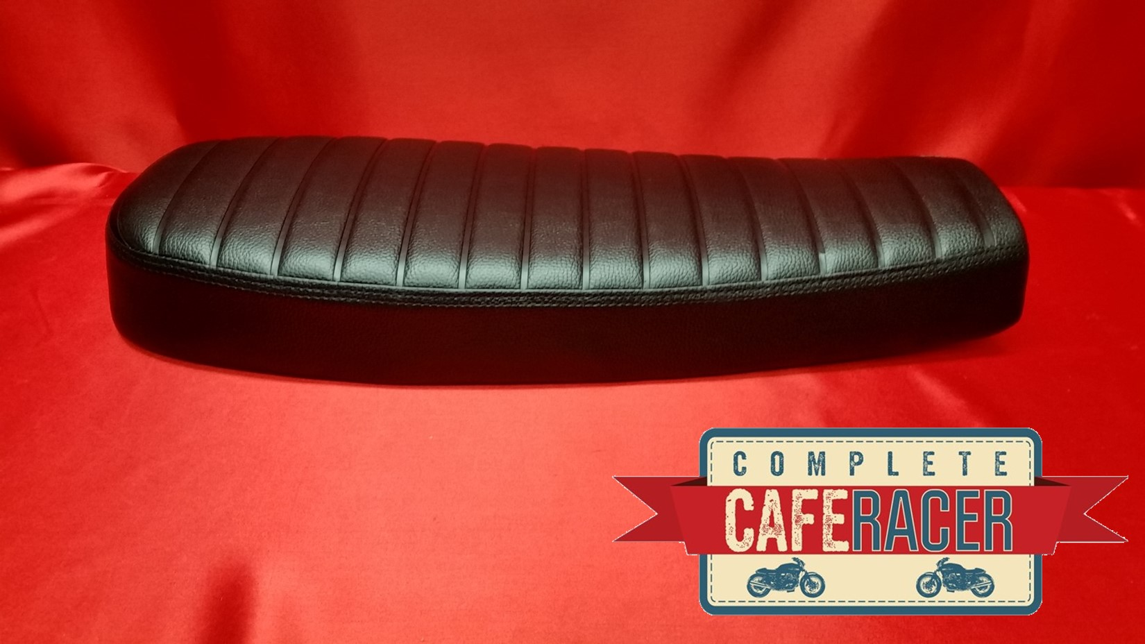 (BS13) BRAT / SCRAMBLER STYLE CAFE RACER LONGER SEAT FINISHED IN BLACK LEATHERETTE