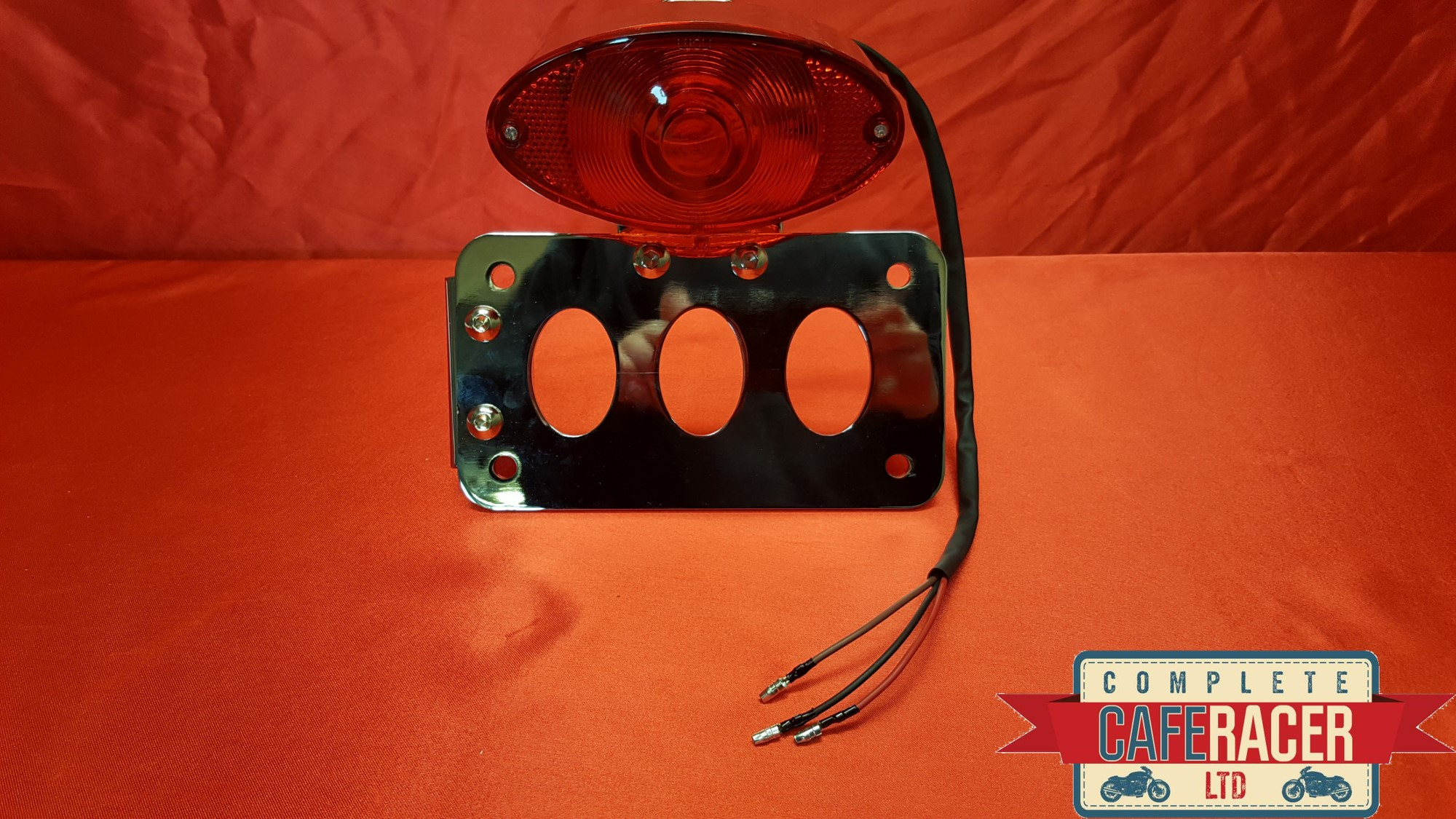 (SM1) CAFE RACER SIDE MOUNT NUMBER PLATE BRACKET WITH STOP TAIL LIGHT
