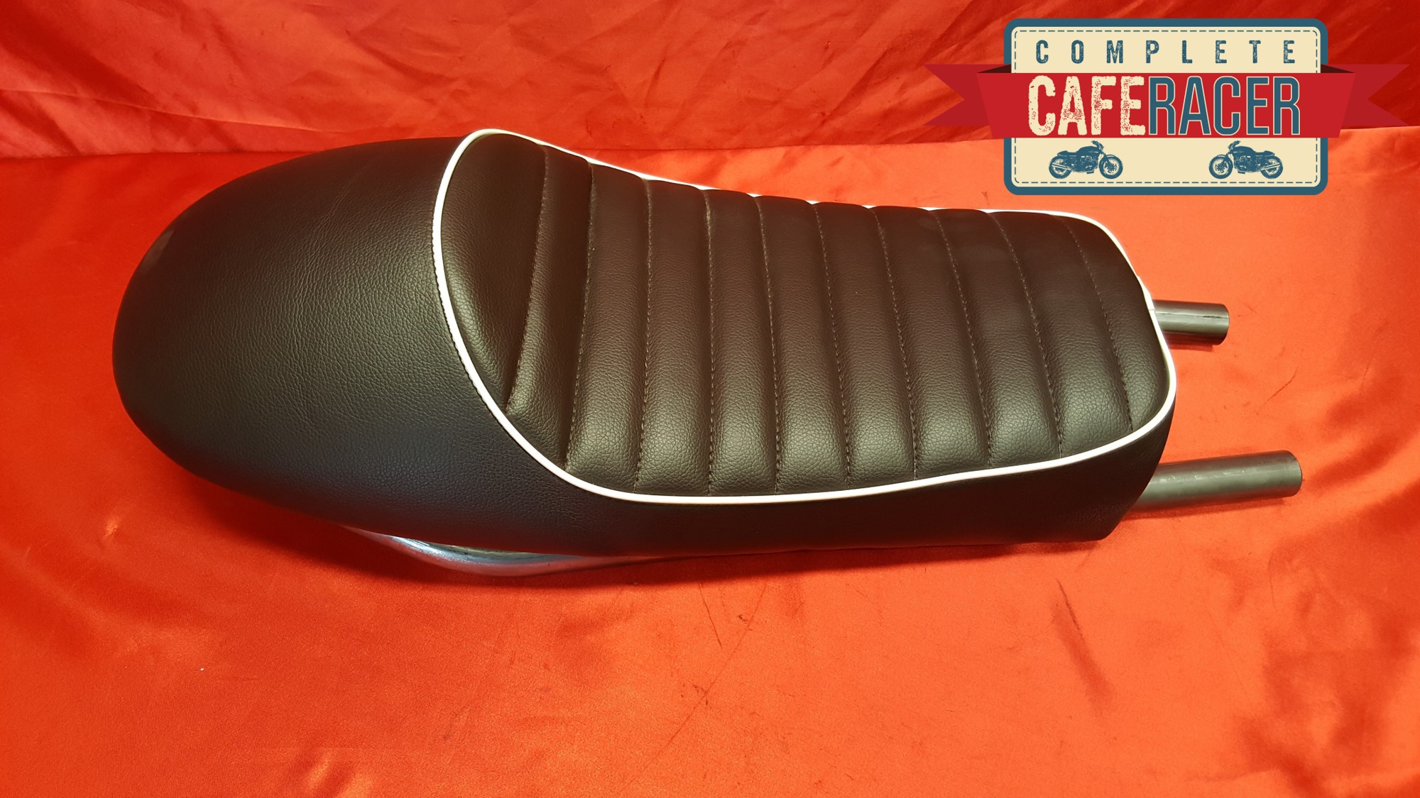 (LS12) CAFE RACER FLAT TRACKER BRAT SEAT FINISHED IN CHOCOLATE BROWN LEATHERETTE WITH STEEL SEAT HOOP