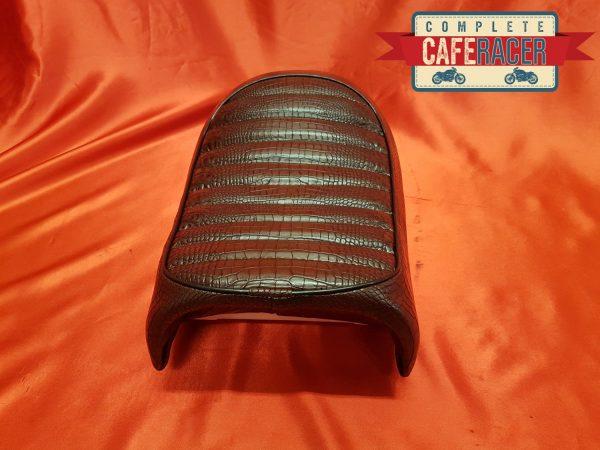 LEATHERETTE SEAT 24