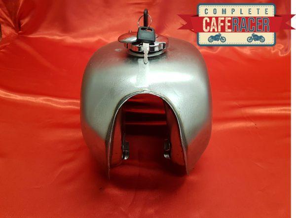 fuel tank 4